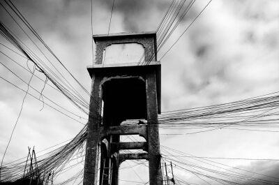 """Signeret UNIKA foto, """"Mogadishu, Power cables""""."""